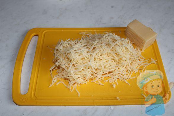 Натираем сыр