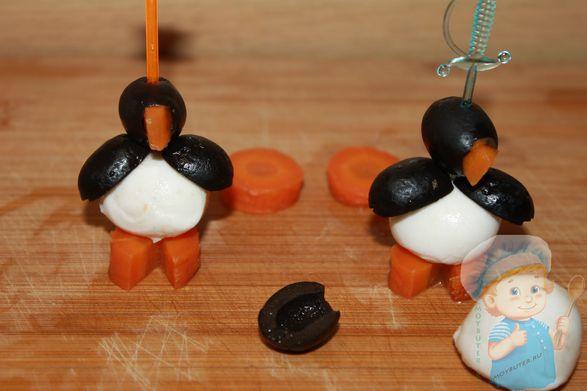 Пингвины из канапе