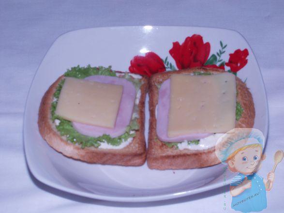 Поверх кладем сыр