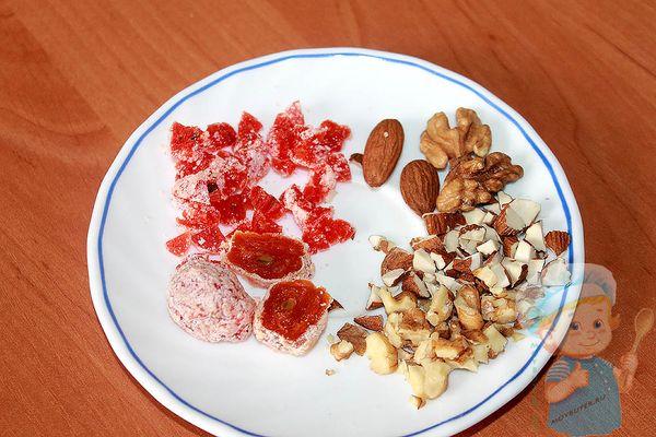 Цукаты и орехи