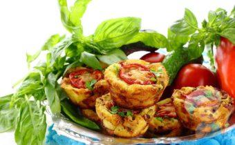 Закусочные маффины с сыром и ветчиной