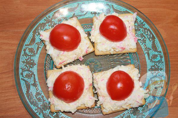 Выкладываем помидорки