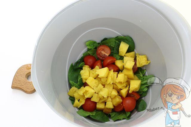 Режем манго кубиками